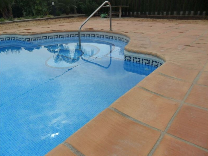 terracotta for swimming pool