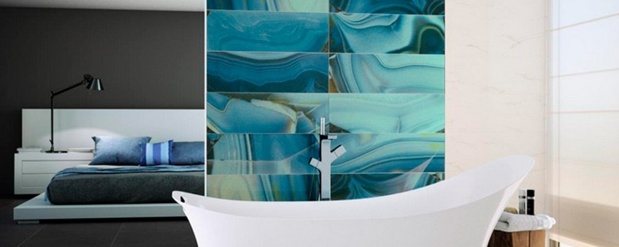 Glass tiles, a touch of elegance and originality